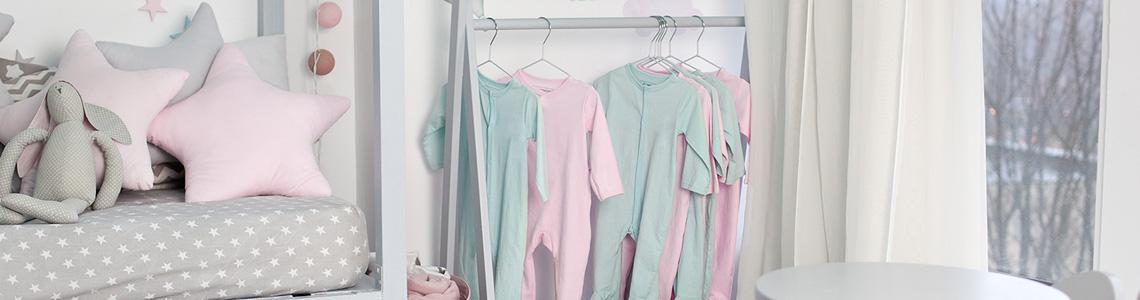 Cum se aleg corect hainele pentru copii?